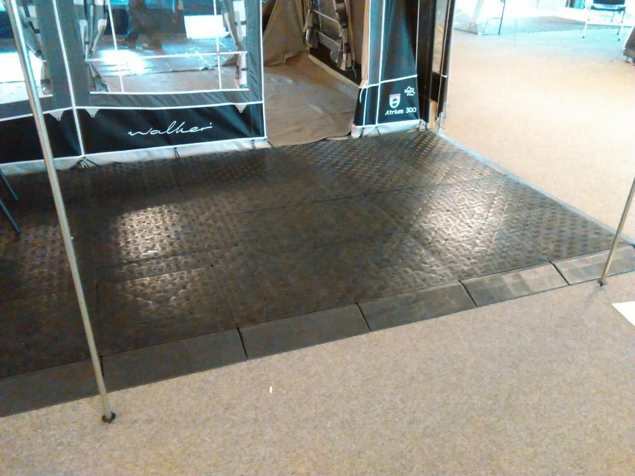 Hendriks kunststof vloertegel 50x50x5cm