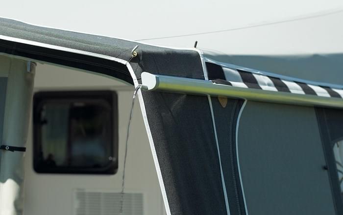 Hendriks Aluminium Regengoot 260 cm